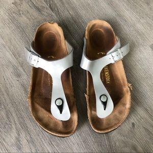 Birkenstock • Silver Gizeh like New Sandals